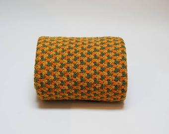 1970s Crocheted Afghan ⎮ Vintage Afghan ⎮ Handmade Boho Blanket