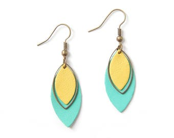 Pia light green and yellow earrings