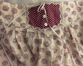 70's GUNNIE SAX GUNNIES Skirt, Calico Floral High Waist Lace Hem Prairie Midi Skirt, vanilla with burgandy leaves, blue lavender flowers