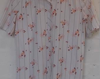 1970's short sleeved shirt - size 12/14