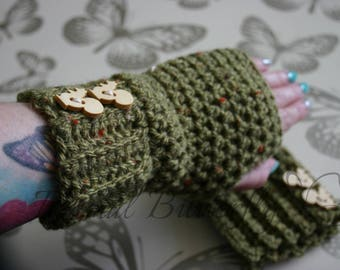 Stylish Tweed Fingerless gloves Wrist Warmers Hand Crocheted