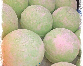 Lime & Sugarcane Bath Bomb