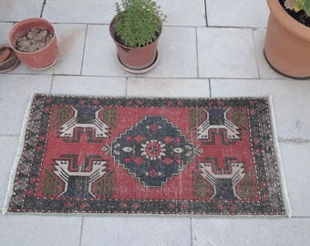 Small rug Red Oushak rug, Home living, Turkish rug, vintage rug, bohemian rug,Home decor, hand made rug, Mediterranean Style 1.6 x 3.2 feet