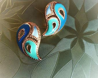 Vintage Avon Paisley Earrings