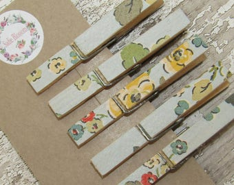 Cath Kidston Decoupage Pegs, Clothespeg Magnets, Memo Magnets, Fridge Magnets, Memo Keepers in Blue Woodland Rose