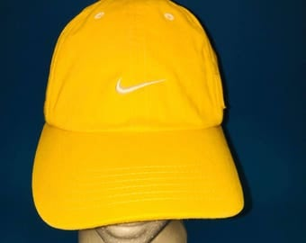 Vintage Nike adjustable strap back hat