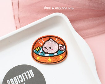 DIM SUM BUN -- Handmade Embroidered Patch Brooches Pins/Fabric Badge/Iron-On Patches/Cartoon/Food/Lunch/Chinese/Bread