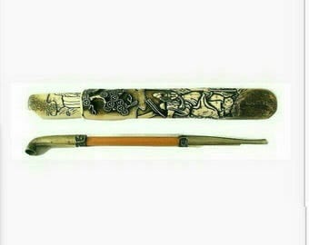 Antique Japanese Kiseru Pipe with a Stag Antler Case Carved with a Samurai Figure Edo Period (499963)