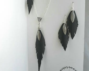 Feather adornment in inner tube recycled