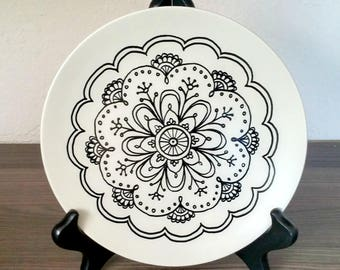 Mandala Plate - with hanger attached