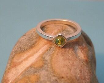 Peridot Cabochon Stacking Ring