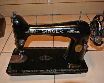 Singer 66K Vintage Sewing Machine