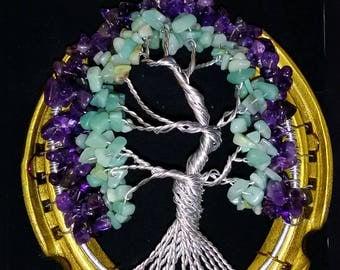 Horseshoe gem tree