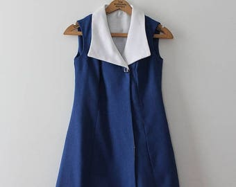 SUMMER SALE vintage 1960s linen dress // 60s blue and white dress