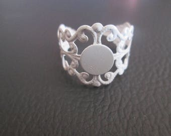 x 2 white filigree ring tray holder stick 8 mm