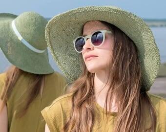 Flapper, Women's spring, summer straw hat sun hat, floppy hat,stylish, elegant, designermode, wide brim, handcrafted, fashion, outfit, Sarah