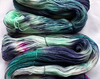 MYSTERIOUS DRAGON - 100g Skein of hand dyed yarn - Fingering Weight SW Merino / Bamboo - Superwash, Game of Thrones Inspired. Green, Purple.
