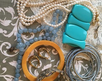 Vintage lot of necklaces and bracelets for wear or parts of pearls, bangles, earrings