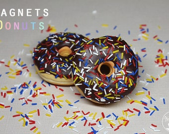 1 magnet: Donut chocolate colorful sprinkles