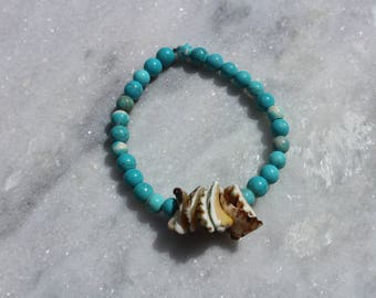 Marble beaded bracelet with shells