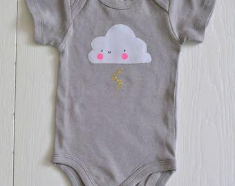 Body gray size 6 M with kawaii cloud-shaped application
