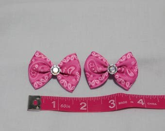 Pink and White Paisley Dog Grooming Bows