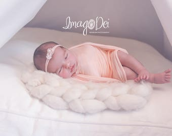 Stretch wrap for Newborn Photography