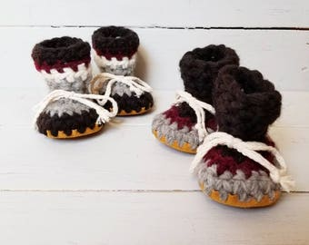 Childrens slippers, Crochet slippers, Sheepskin slippers, newborn slippers, cuff slippers, toddler slippers, wool slippers, baby slippers