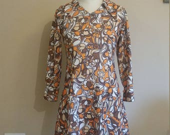 60s dagger collar dress