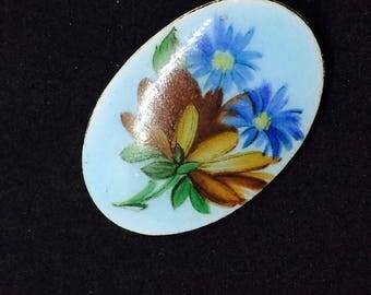 Porcelain coated enamel floral motif brooch