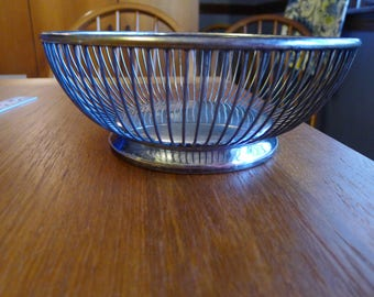 """A lovely Gorham silver plate """"Holloware"""" basket"""