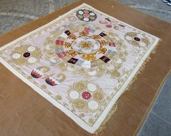 Vintage Suzani,Embroidery Bedspread,Needlework Bedding,Suzani Home textiles,Hand made  cotton suzani,6'1 feet x 4'9 feet ,n:121
