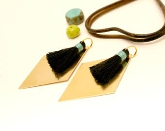 2 black tassels, diamond charm, brass