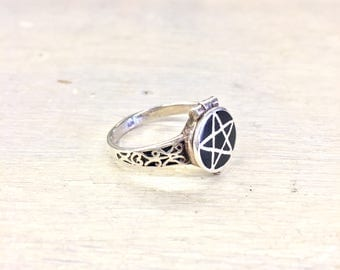Sterling Silver Jewelry | Silver Jewelry | Silver Ring | Vintage Ring | Poison Ring | Vintage Poison Ring | Gothic Ring | Vintage Jewelry