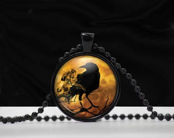 Raven Glass Pendant Necklace - Raven Necklace -  Crow Raven jewelry - A0013