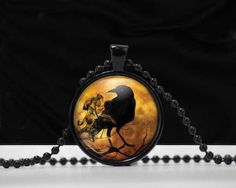 Raven Glass Pendant Necklace - Raven Necklace -  Crow Raven jewelry - A0013
