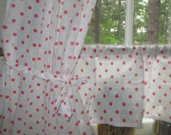Retro Kitchen Blinds- Scandinavian- Red Polka Dots