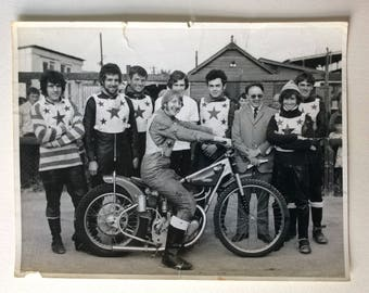 Large VINTAGE PHOTO:  SPEEDWAY / motocross King's Lynn Speedway Stars 1960s / 1969, motocross, The Stars