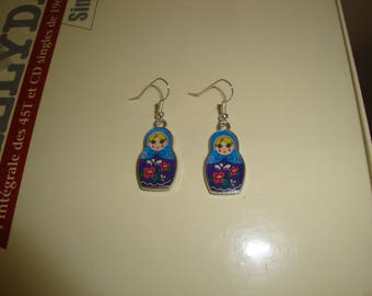 earring dangle blue Russian doll