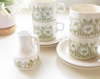 hornsea coffee/teacup set -mid century