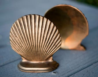 SALE! – Vintage Brass Scallop Shell Bookends
