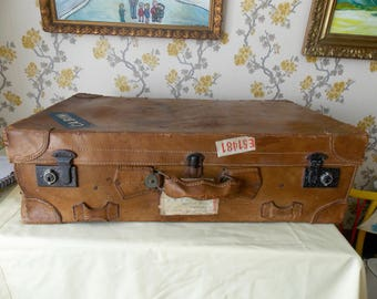 Vintage leather Suitcase