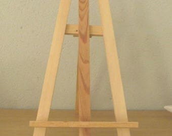 Easel or wall bracket
