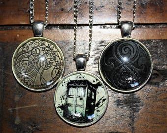 Doctor Who necklace pendant, Tardis, Seal of Rassilon, Gallifreyan