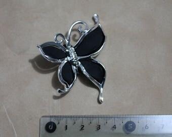 Perle Papillon pierced black color