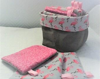 """Lingettes  lavables et panier , lingettes par 10 ,tissu """"flamant rose"""" ,et liberty ,coton et  éponge ,bébé fille ,tons roses et gris ."""