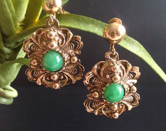 Vintage Baroque Gold Emerald Screw Back Earrings - 50s costume jewelry