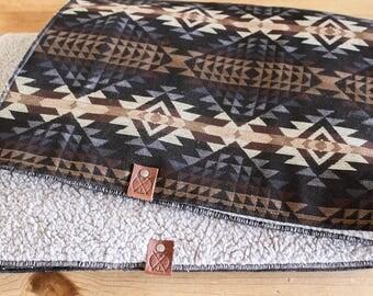 PHOENIX - Dog Sleeper Blanket