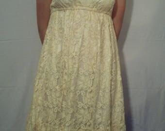 Yellow lace short dress