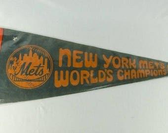 Rare Vintage 1969 New York Mets World Champions Full Sized World Series Pennant